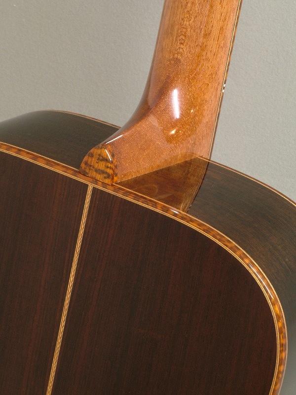 snakewood%20binding-Guitar-Luthier-LuthierDB-Image-9